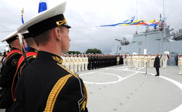 Putin addresses the naval parade in Baltiisk.