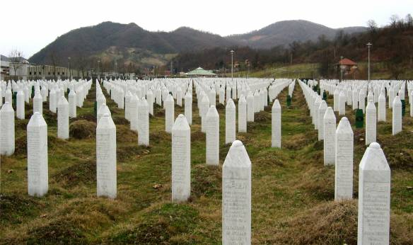 Gravestones at the Potočari genocide memorial near Srebrenica. Photo Michael Bueker. CC BY-SA 3.0
