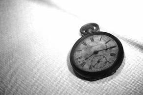 A watch at the Hiroshima Peace Memorial Museum. It shows 8:15 AM, when time stopped on August 6, 1945 as the atom-bomb Little Boy detonated over Hiroshima. More than 100.000 people died in an instant. Only their shadows remain. Article 9 is the embodiment of absolute human security in the nuclear age. Photo: Gunnar Rekvig