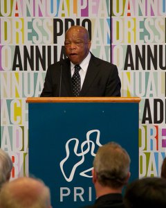 John Lewis giving the PRIO Annual Peace Address in 2011.
