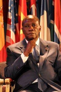 Alassane Ouattara, presidente de Costa  de Marfil y, más allá de las Abuelas, el gran centro de atención de todo el evento