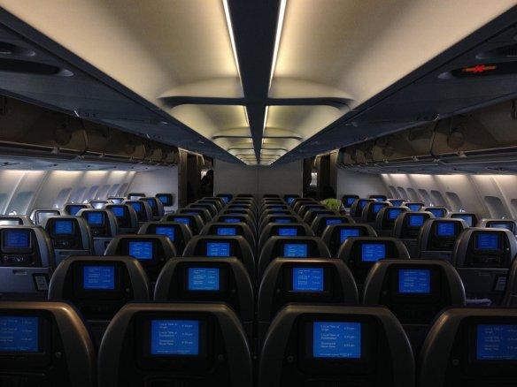 airplane-734363_960_720